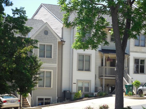 Deerfield Condominiums